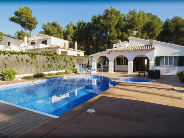 Exceptional villa located in a quiet area in Son Parc