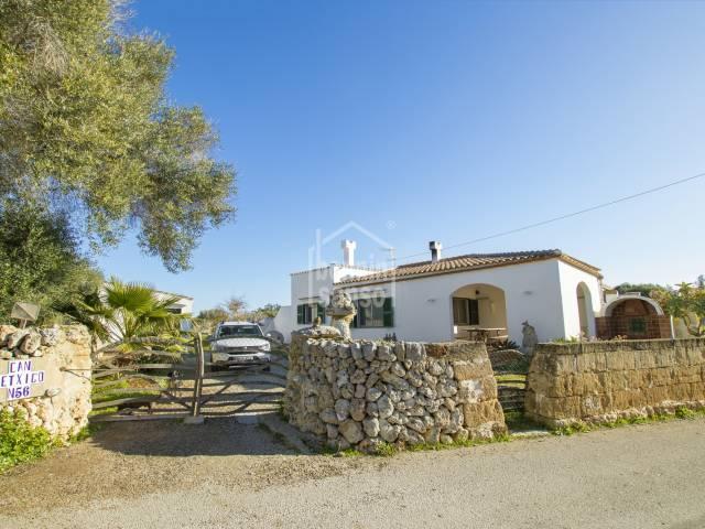 Casa de campo en zona de gran valor natural y arqueologico, Binicalaf cerca de la costa sur, Menorca