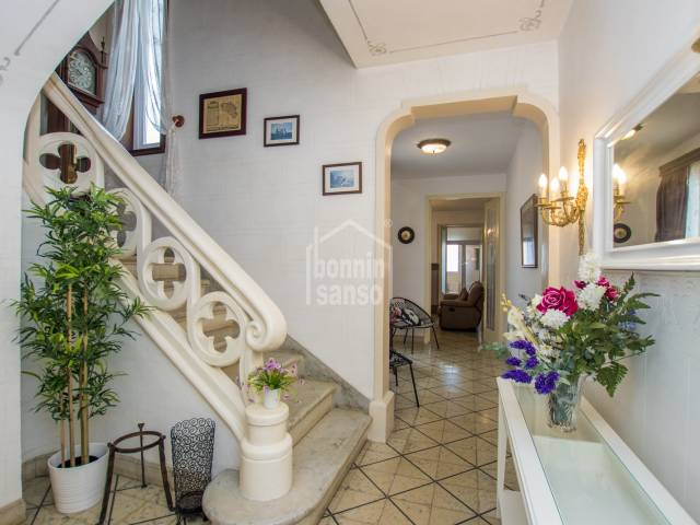 Town house with character in the center of Alayor. Menorca