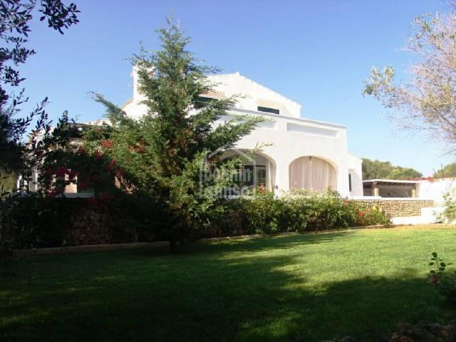 Villa in Llumesanes