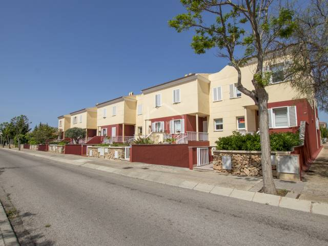 Impeccable townhouse in Malbuger, Mahon with the excellent features. Menorca.