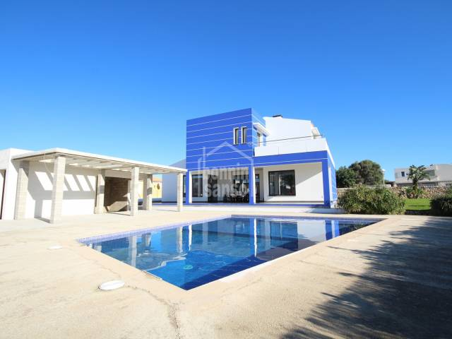 Swimming Pool, Front, Barbecue, Garden - Magnificent villa in Cales Piques, Ciutadella, Menorca