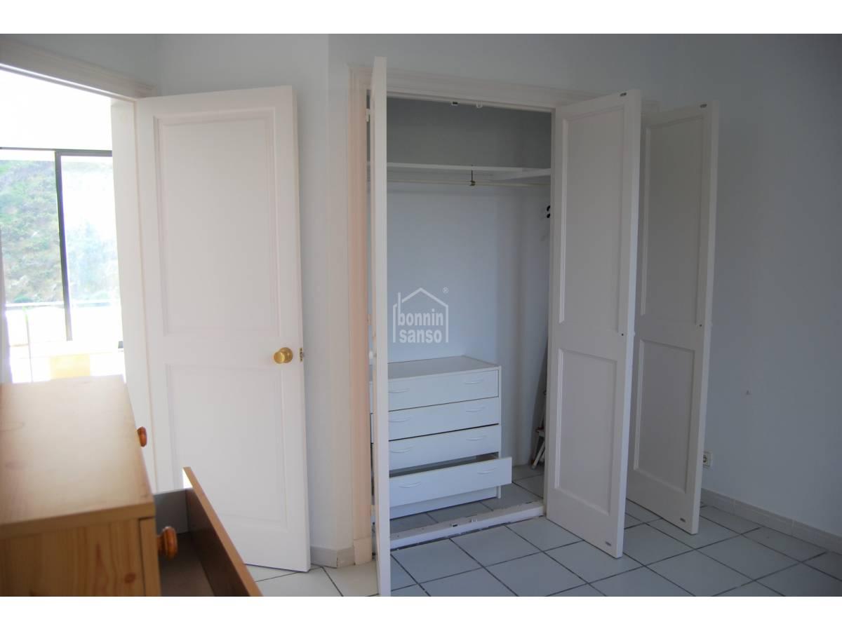 Buy: 2 bedroomed Apartment in Cala Llonga, Menorca (27856)