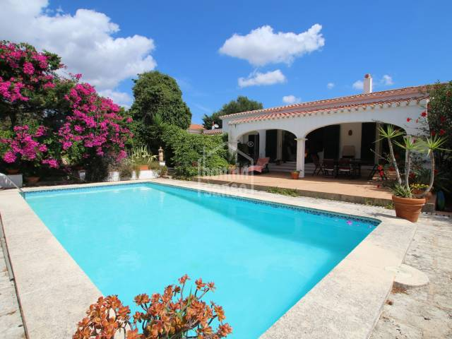 Well maintained villa in Binixica just a few minutes from San Clemente, Menorca