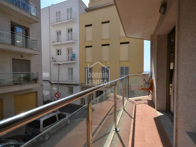 Sunny apartment of approx. 87m² including terrace situated a few metres from Cala Bona Port with underground parking space