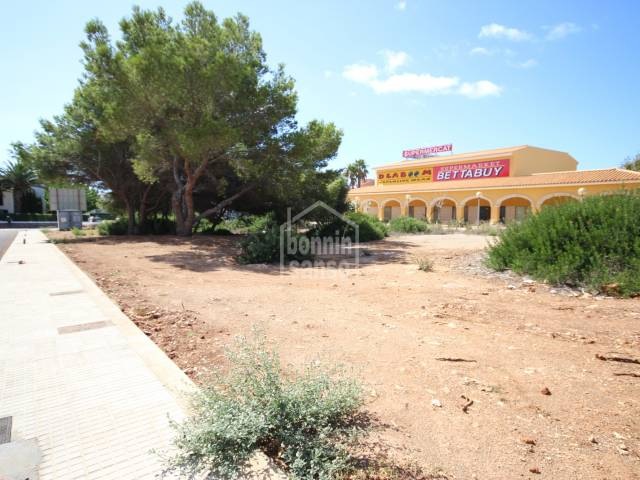Large building plot in the urbanization of Son Xoriguer, Ciutadella, Menorca