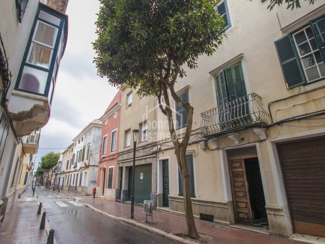 First and second floor property in the centre of Mahon, Menorca