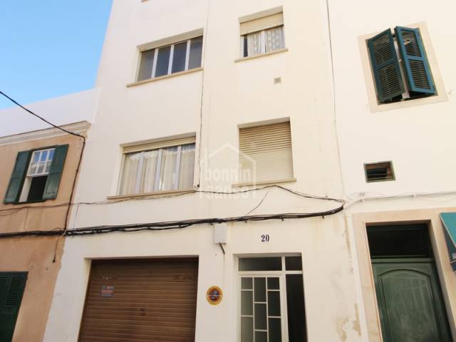 Building in downtown area of Mahon with garage and 3 apartme