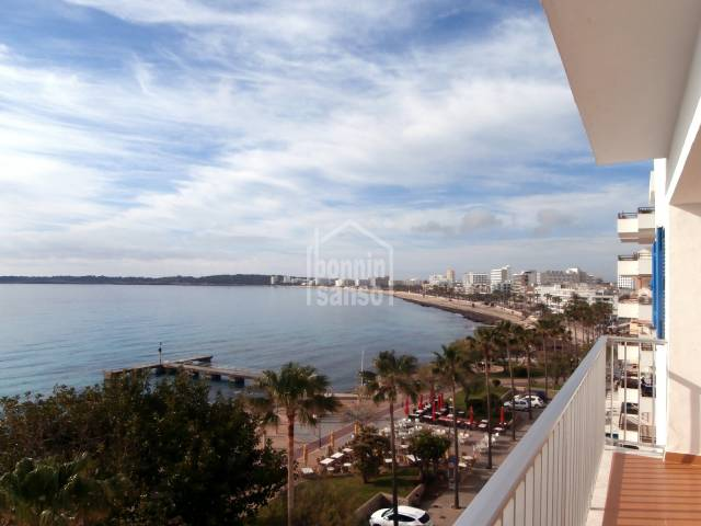 Sunny penthouse apartment, front line, 5th floor with stunning  panoramic views of Cala Millor Bay, approx. 100m², 3 bedrooms in a small community.