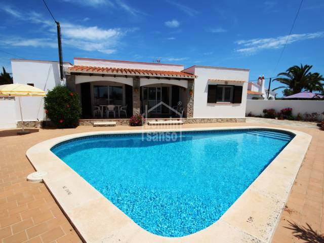 Well kept villa in Calan Porter, Menorca