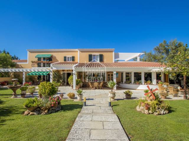 Beautiful, spacious villa in Binixica , Menorca