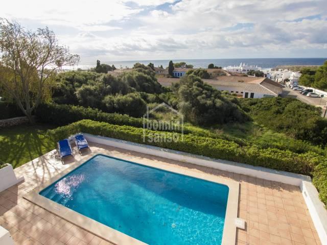Villa con licencia turistica al estilo Binibeca Vell. Menorca