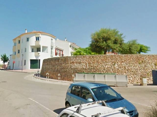 10 garages with 2 patios in the town of Es Migjorn.