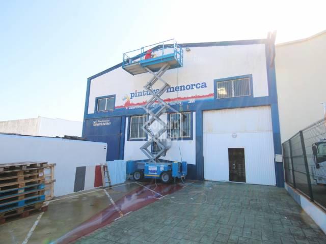 Espace Commercial en Mahón Polígono