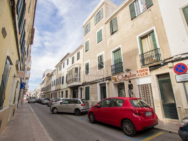 Tasteful refurbishment for this first-floor apartment in the centre of Mahon, Menorca.