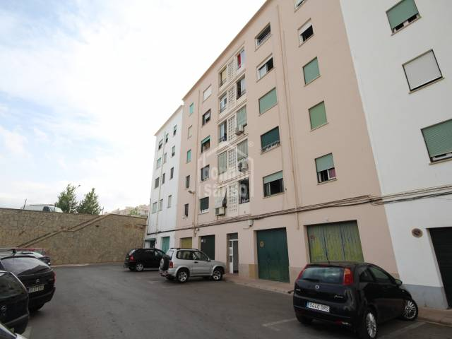Spacious first floor flat in Mahon, Menorca