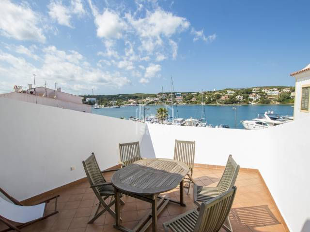 Duplex on mahon harbour with superb views over the water and boats.