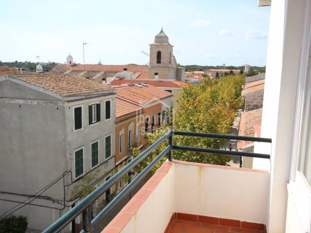 Third floor penthouse apartment in the village of Es Castell