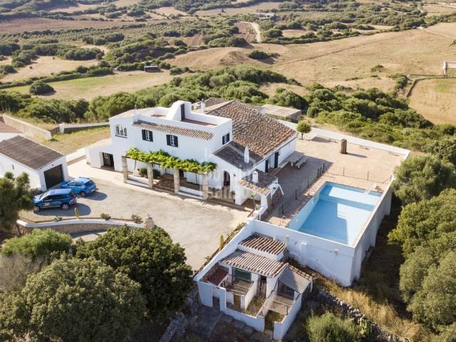 Working farm, with circa 669.000m² of land in Mahón. Menorca