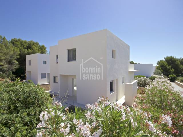 Chalet nuevo a estrenar Coves Noves Menorca
