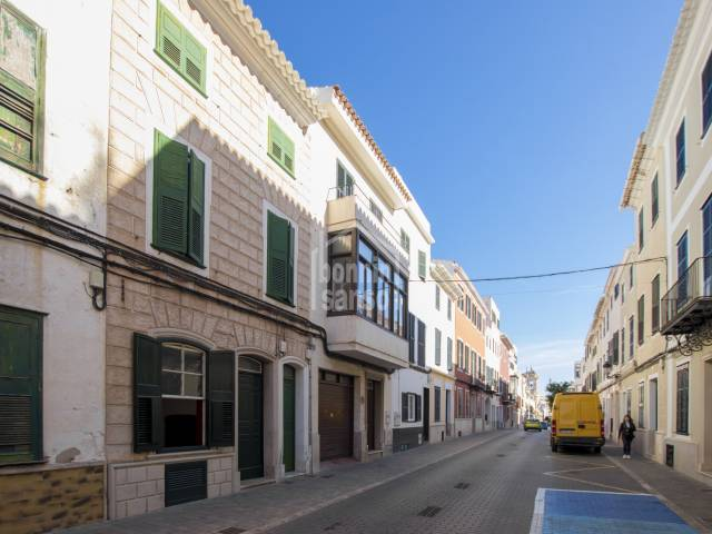 Ground floor apartment with interesting basement facing park Es Freginal in Mahon, Menorca