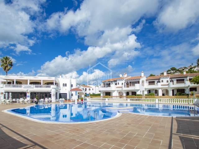 Apartment with sea views and a tourist licence in San Jaime, Menorca