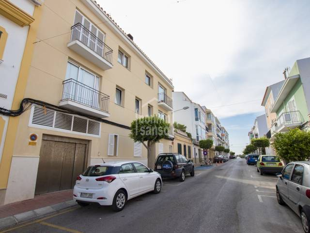 Second floor apartment of 120m² with lift in Es Castell, Menorca