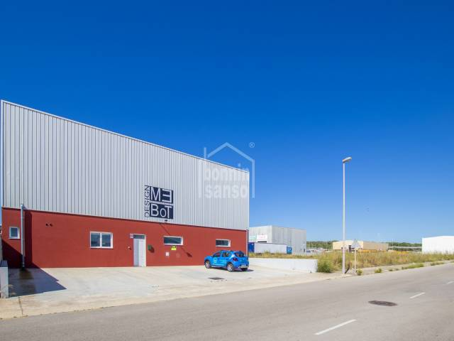 Modern industrial unit on Mahon's industrial estate, Mahon, Menorca