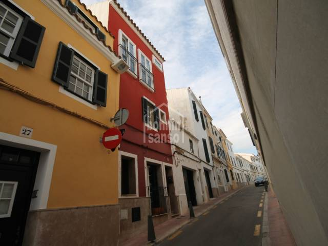 Sweet town house in Mahon