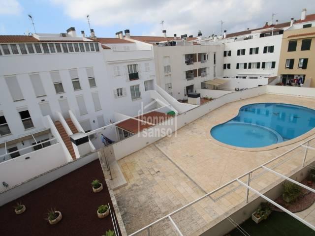 Alquiler de temporada invierno, atico con piscina en Ciutadella, Menorca
