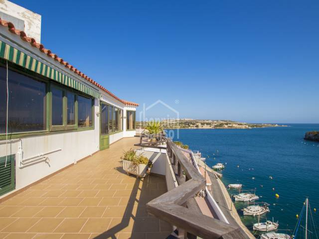 Superb penthouse with magnificent views over the bay of Cala Fonts, Es Castell Menorca