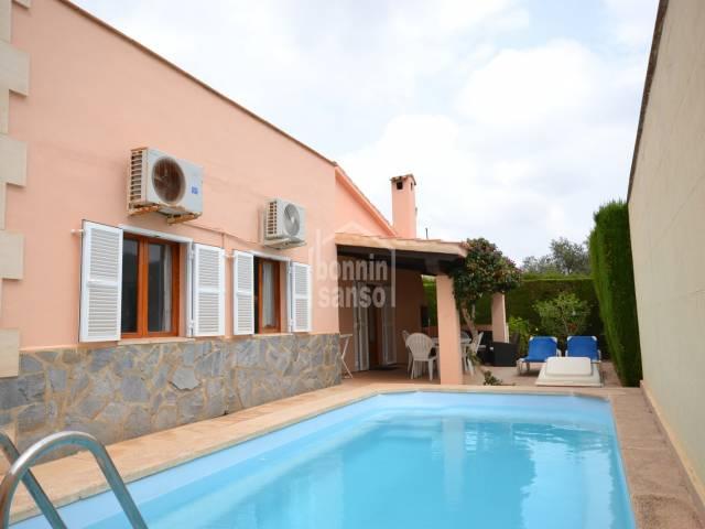 Casa de 3 dormitorios y piscina, Sa Coma, Mallorca