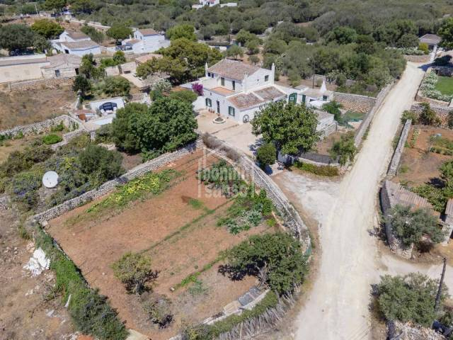 Small finca near Sant Lluis in an idyllic parrage and with great views of the Menorcan countryside
