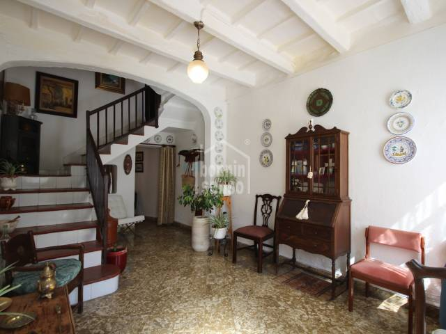 Beautiful house located in a privileged place in the historic part of town, Ciutadella, Menorca.