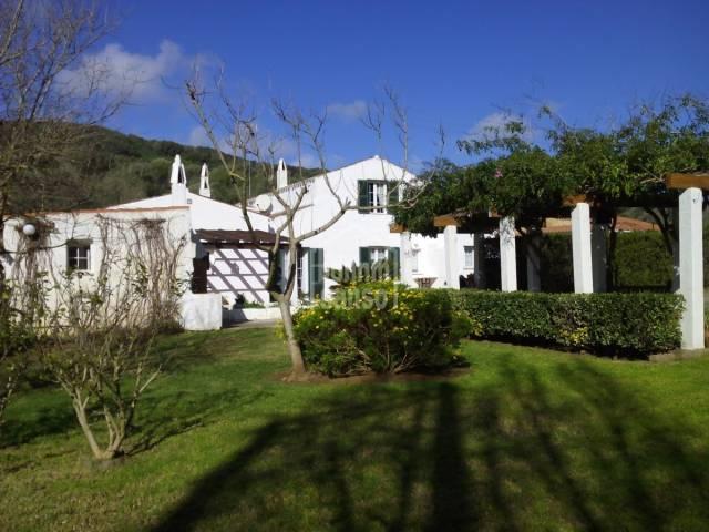 Casa de estilo tradicional Menorquin reformado en la zona de Mahón