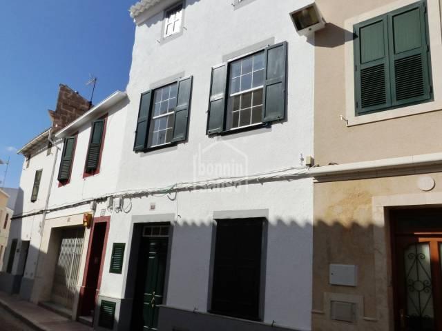 Casa totalmente rehabilitada en el casco antiguo de Mahon,Menorca