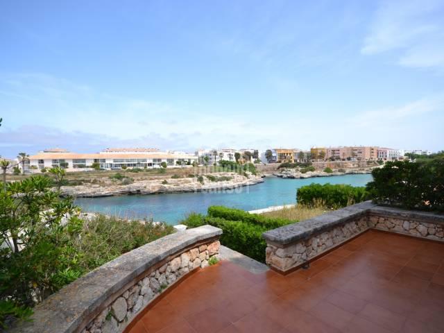 Chalet adosado en primera linea de mar, Son Oleo, Ciutadella, Menorca.